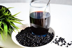 Instructions on how to drink black bean juice for the most effective weight loss