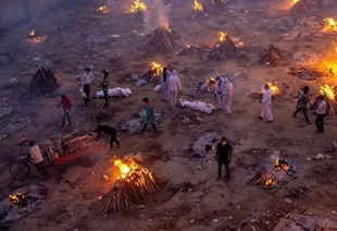 India estableció un récord sombrío: más de 350.000 nuevos casos de COVID-19 y 2.812 personas murieron en las últimas 24 horas