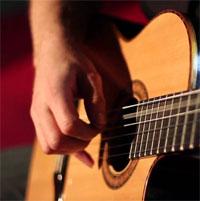 5 تطبيقات مجانية لمساعدتك على تعلم العزف على الجيتار وتشغيله على Android