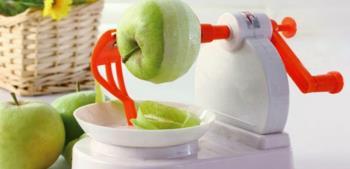 De schillen mogen niet worden weggegooid bij het eten van fruit