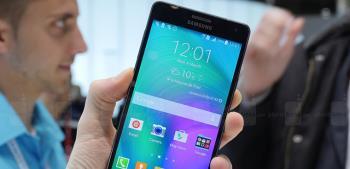 Das Samsung Galaxy A7 wurde in Bezug auf die Akkukapazität aufgerüstet