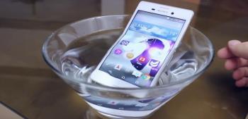3 telefon pintar terkenal dengan harga yang baik dan tahan air