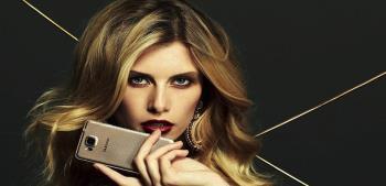 Due nuovissimi Smartphone Samsung mostrano la configurazione