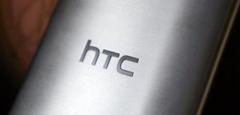 Menampilkan gambar aksesori kasing resmi untuk HTC One M9