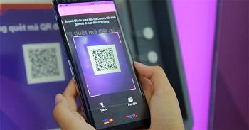 Petunjuk untuk mentransfer uang dengan kode QR TPBank