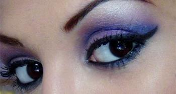 Kahverengi gözler için mor ve mavi makyaj