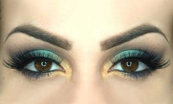 چگونه چشم های ناراحت و ناراحت خود را آرایش کنیم