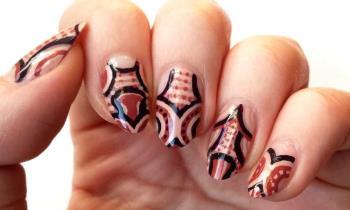 Balmain Nail Art mit Pupa-Emails: Tutorial
