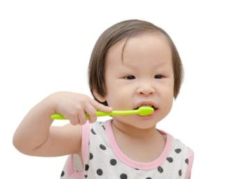 बच्चों में बुरा सांस - घर पर एक प्रभावी सुरक्षित उपचार