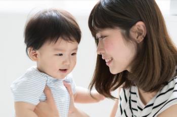 El desarrollo del cerebro a través de la sonrisa del bebé durante el primer año de vida