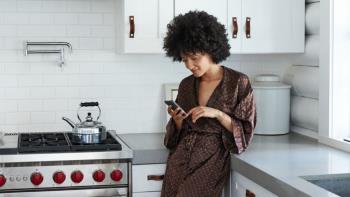 Membongkar mitos tentang hamil, banyak pasangan masih percaya pada leher