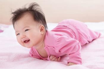 生後3ヶ月の赤ちゃんまだ首が硬くない:それはいつ正常でいつ異常ですか?