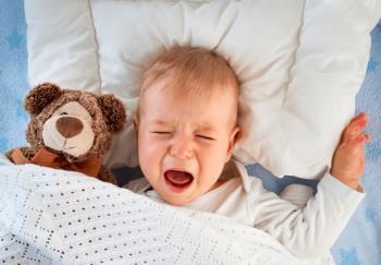 2-Jährige weinen oft nachts und was Eltern wissen müssen