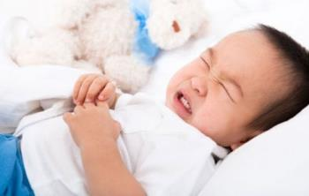 Was sollten Kinder mit Verdauungsstörungen essen, um Durchfall zu stoppen, Bauchschmerzen zu lindern und ihren Appetit zu verbessern?