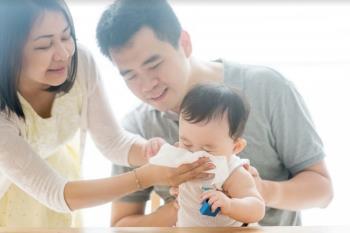 Kebersihan hidung untuk bayi yang baru lahir, sederhana tetapi memerlukan kaedah yang betul