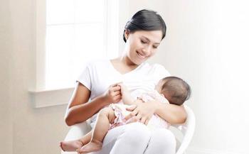Bagaimana bayi cukup menyusu? Adakah terdapat tanda-tanda mendapat cukup susu ibu?