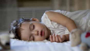 Anak berkeringat saat tidur pertanda bahaya, orang tua perlu sangat waspada