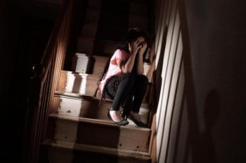 Fată de 12 ani însărcinată în 8 luni cu iubitul ei de 15 ani - Alarmă despre educația sexuală pentru copii