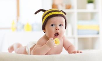 Madu memang bagus, tetapi boleh menjadi toksik kepada bayi kerana bakteria Botulinum