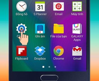 Instrukcje szybkiego włączania / wyłączania trybu prostego w telefonie Samsung Galaxy A5