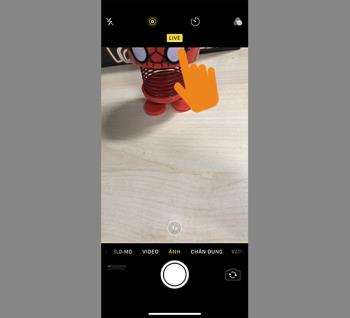 How to save a Live Photo as a video on iOS 13