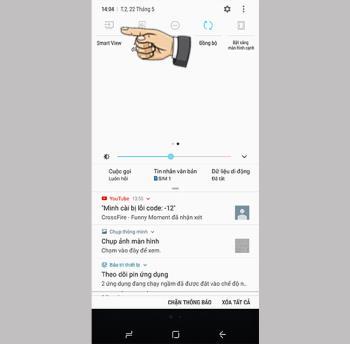 Odbicie lustrzane do telewizora za pomocą telefonu Samsung Galaxy S8 Plus