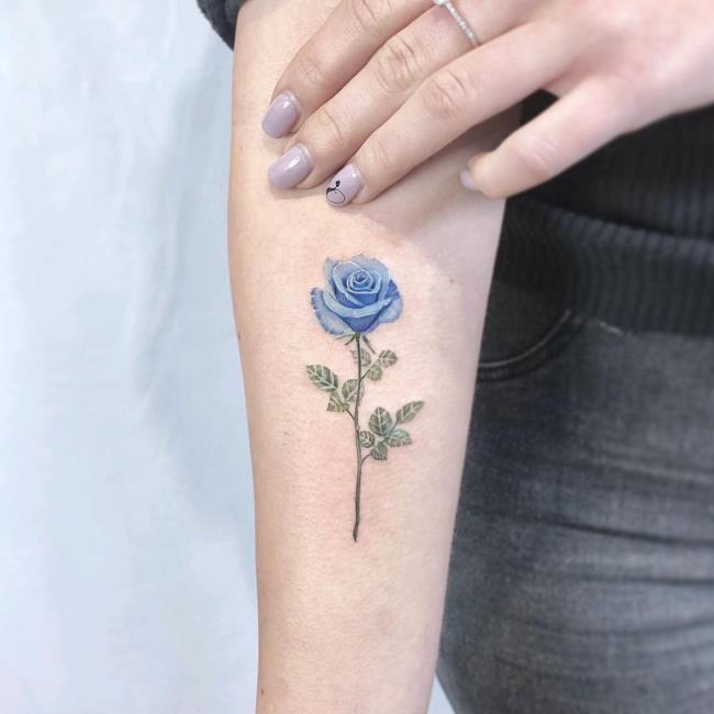 Koleksi 50+ corak tatu mawar hijau yang sangat menarik
