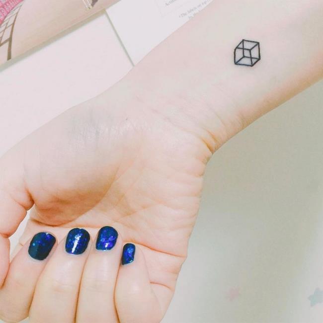 Коллекция самых красивых маленьких узоров татуировки
