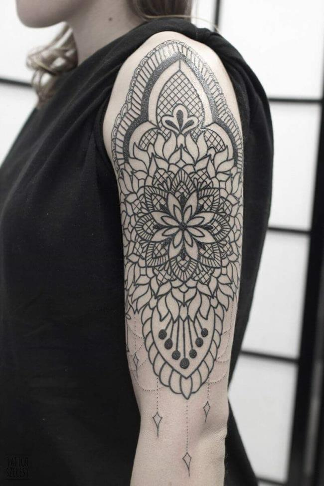 Coleção de padrões de tatuagem de bíceps únicos e novos