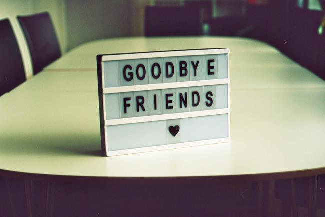 Ringkasan gambar selamat tinggal yang paling indah