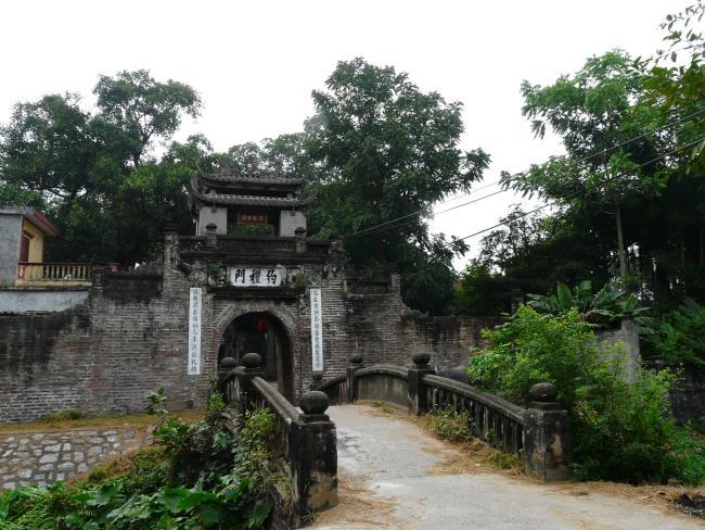 Gambar gerbang desa Vietnam
