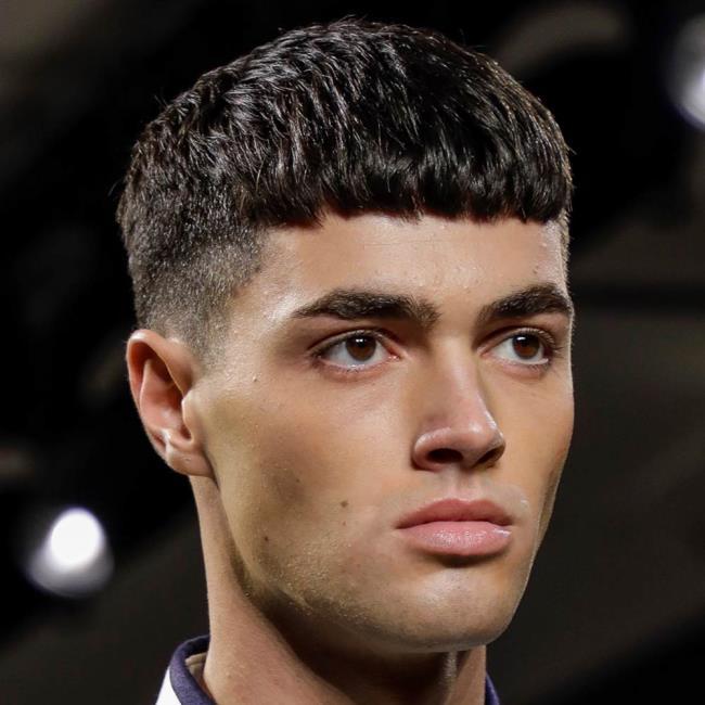 Short hair man forward 2020