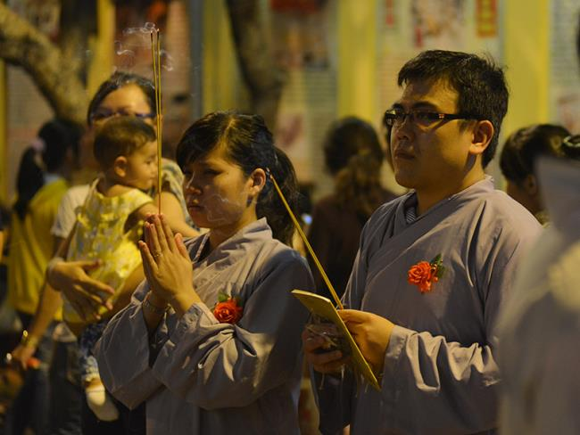 Краткое изложение трогательной церемонии Ву Лан, сыновней почтительности