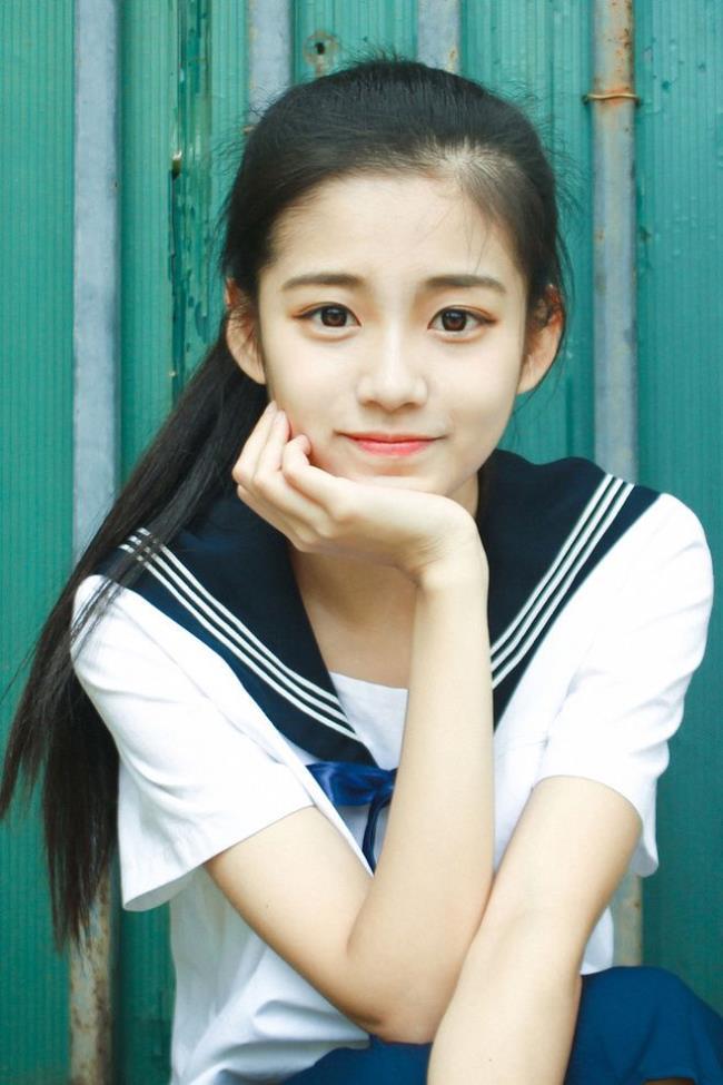 أجمل فتاة يابانية جميلة