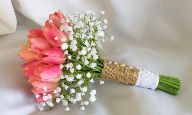 Bilder von schönen Tulpenhochzeitsblumen