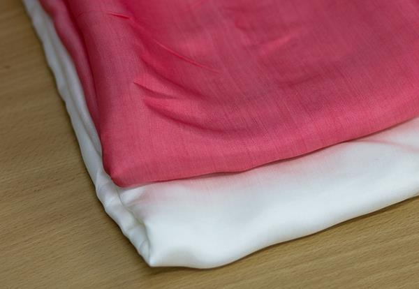 アイロンをかけるときに焦げた服を救う方法