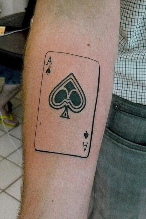Koleksi desain tato terbaik - Apa isi dek 52 kartu?
