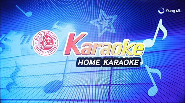 Bagaimana cara bernyanyi karaoke di smart TV?