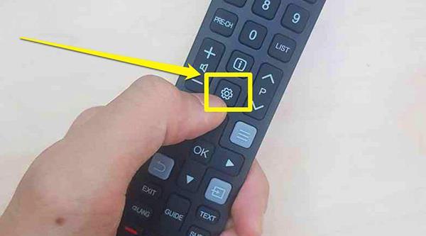 إرشادات مفصلة حول كيفية إعادة ضبط تلفزيون TCL الذكي