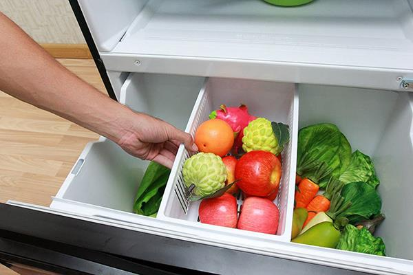 Foods should be avoided in the refrigerator to store
