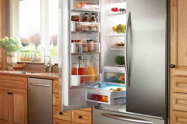 وقتی چراغ یخچال روشن نیست چه باید کرد؟