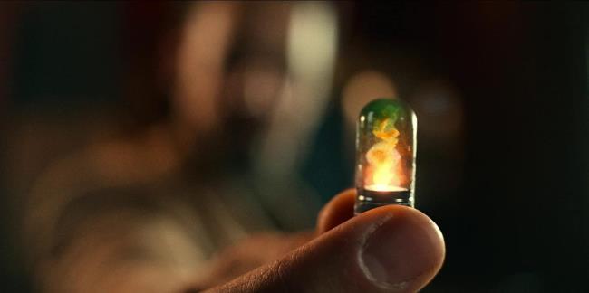 """Überprüfen Sie den Film Project Power - Spielen Sie """"Medizin"""", um sich in einen Superhelden zu verwandeln"""