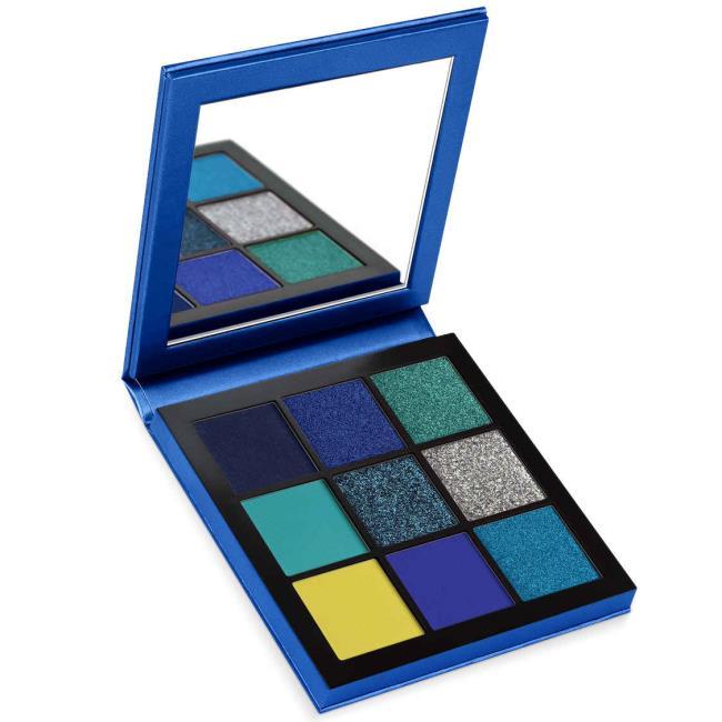 Classic Blue Pantone 2020: ide makeup, produk kecantikan, dan make up
