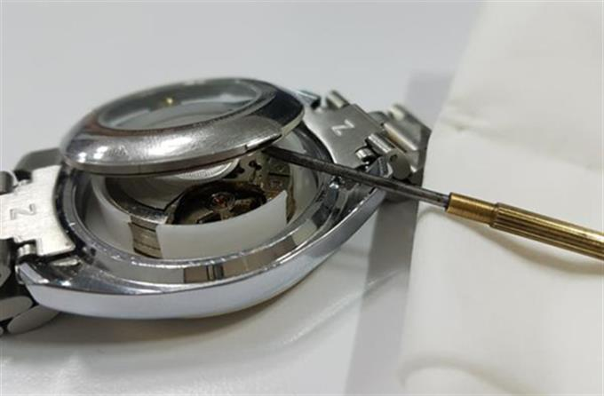 دستورالعمل نحوه جدا کردن قفل سیم ، دستگیره ساعت