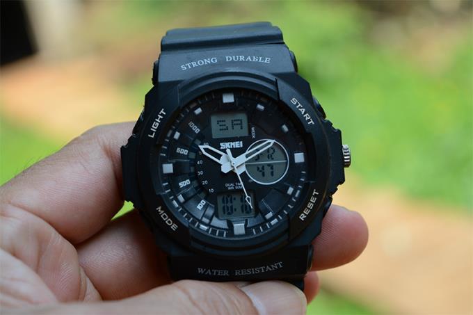 Hoe elektronische horloges correct en eenvoudig te gebruiken