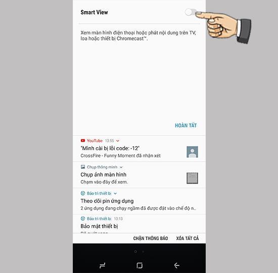 Gambar cermin ke TV dengan ponsel Samsung Galaxy S8 Plus